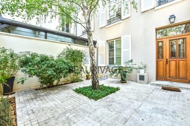 Maison à PARIS-11E