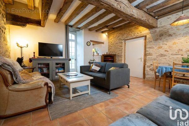 Photo 8 - Maison à LA JAILLE-YVON