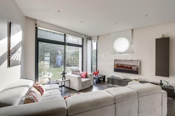 Maison a vendre nanterre - 6 pièce(s) - 200 m2 - Surfyn