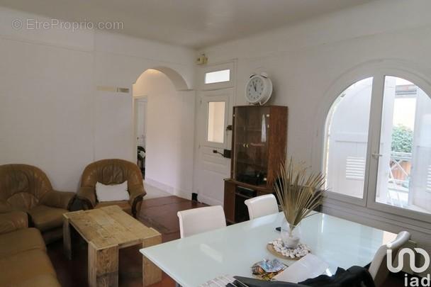 Photo 1 - Appartement à LE LAVANDOU