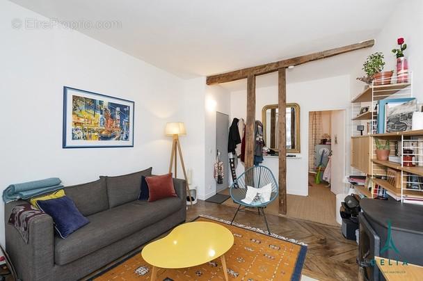 Appartement à PARIS-10E