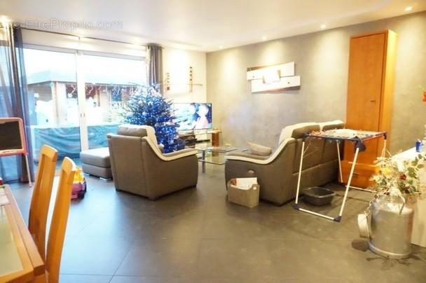 Maison a vendre houilles - 5 pièce(s) - 140 m2 - Surfyn