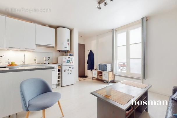 Appartement à PARIS-11E