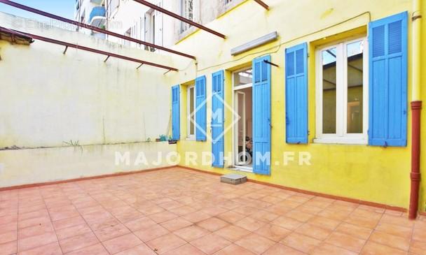 Appartement à MARSEILLE-4E