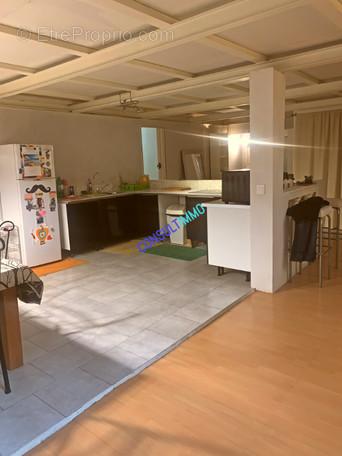 Appartement à MARSEILLE-2E