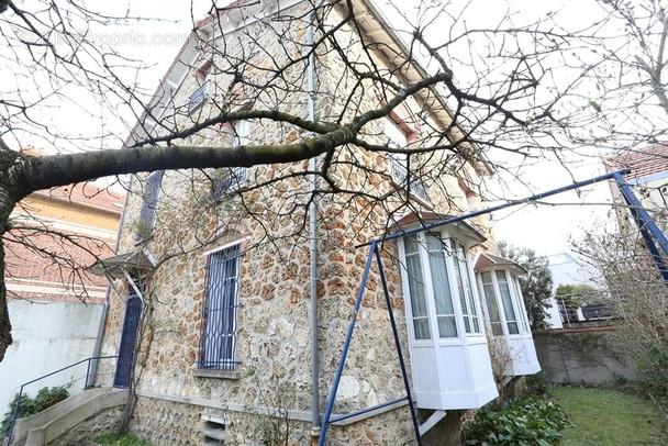 Maison a vendre colombes - 7 pièce(s) - 178 m2 - Surfyn