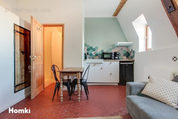 Appartement à MARSEILLE-6E