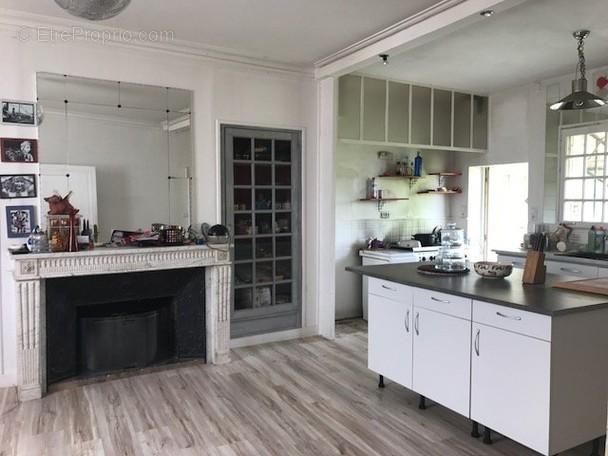Maison à VARENNES-SUR-LOIRE