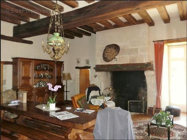 Maison à BRISSAC-QUINCE